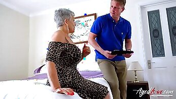 aged women, granny movies, hardcore screwing, hot mom, mature women, older woman fucking