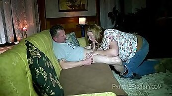 couch sex, creampied pussy, fat girls HD, giant ass, HD amateur, plump, sofa sex scenes